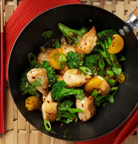 Stir Fried Chicken with Mandarin Oranges and Broccoli